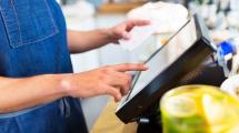 Digitaitojen puute jarruttaa työuria kaupassa